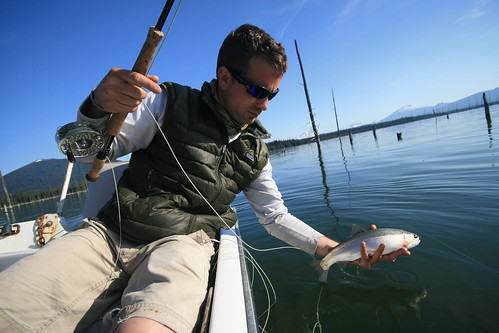Crane prairie fishing report hot crowded fishy the for Central oregon fishing report