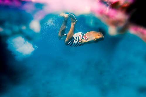 swim by SARAΗ LEE