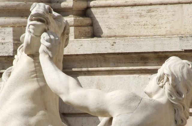 Fontana di Trevi Italy Roma - Creative Commons by gnuckx