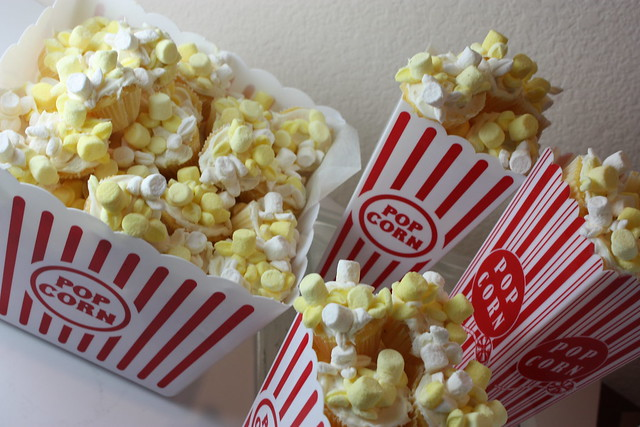 Movie night popcorn cupcakes!