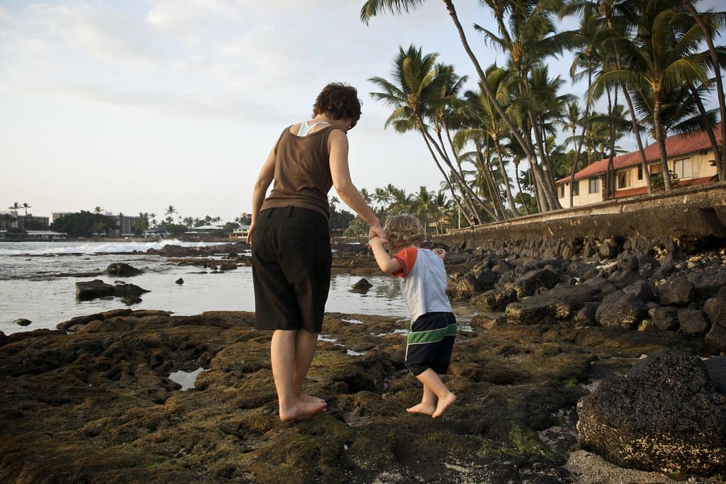 Sis & Lorenz Walking on the Kona Rocks