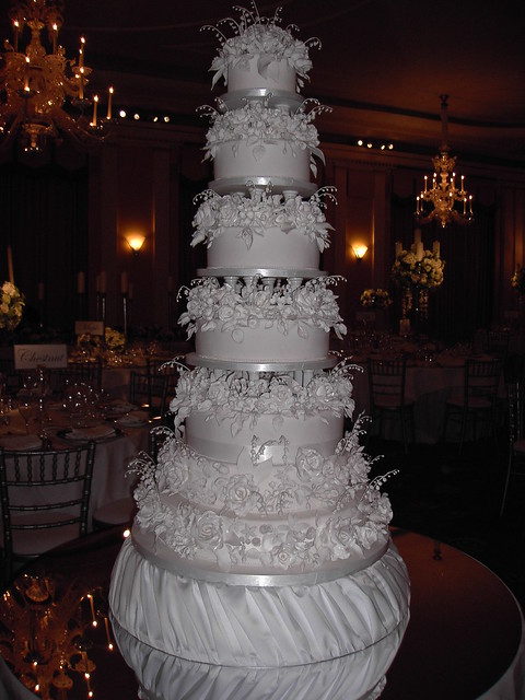 7 layer wedding cake 7 tier wedding cake flickr photo 10502
