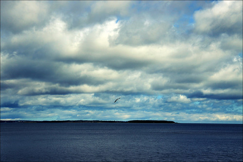 blue cloud canon eos is nb usm dslr 1785mm efs nbtel newbrunswickcanada shediac 50d nbphoto cans2s bmca
