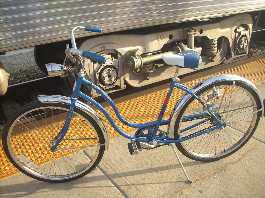 bicycles & Metra, together again