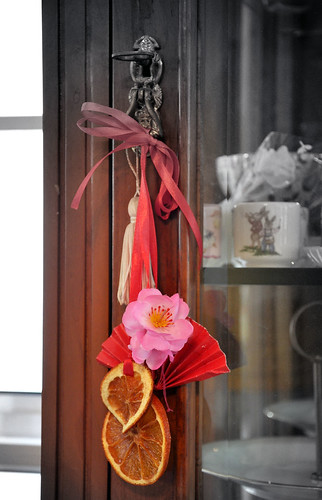 Handmade dangles with dried orange slices hongyihongyi 39 s for Ang pao decoration