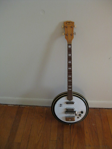 Winston Electric Tenor Banjo by Picture Jake