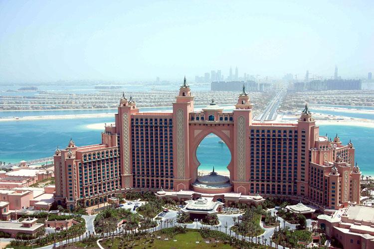 死ぬまでに一度は泊まりたい世界のホテル:ドバイの高級ホテル5選