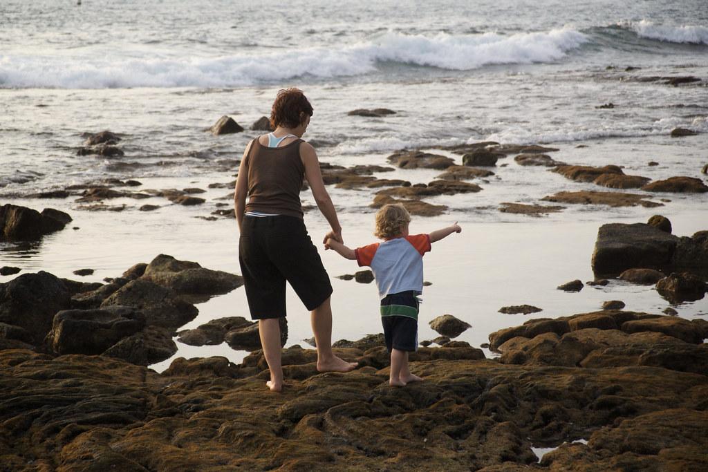 Sis & Lorenz on the Kona Rocks 2