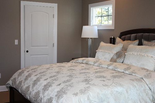 real homes taupe bedroom benjamin moore 39 indian river