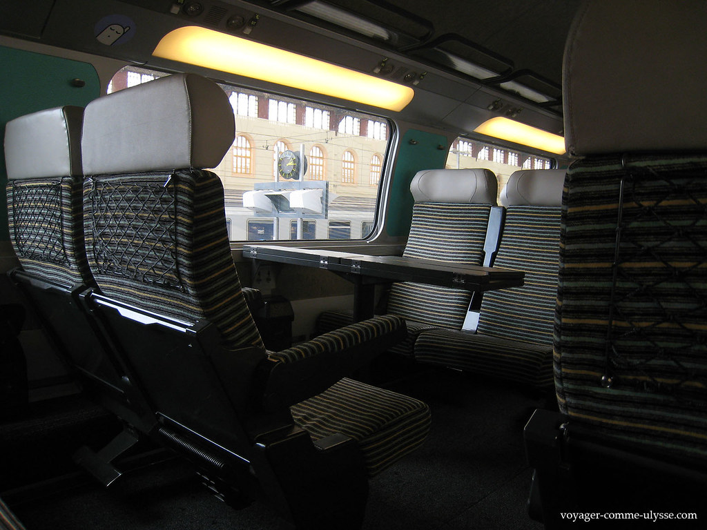Paysages de france vu d 39 un tgv paris marseille vicedi for Interieur tgv