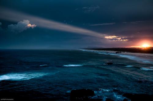 sunset clouds geotagged nikon waves ray dusk january australia explore nsw newsouthwales hastings tamron 2009 hdr portmacquarie lightroom d90 tackingpoint nikond90 tamronaf18200mmf3563xrdiiildasphericalif geo:lat=31475973 geo:lon=152936644 d90200901246694tonemapped