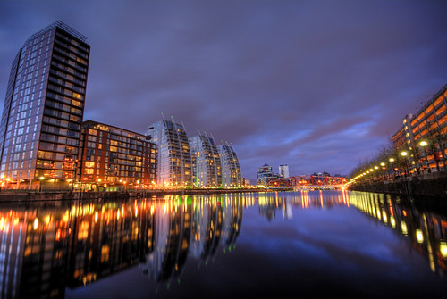 uk longexposure england water night reflections manchester canal lowlight dusk explore salford quays hdr swingbridge eriebasin 4xp greatermanchester nvbuildings detroitbridge estherseijmonsbergen