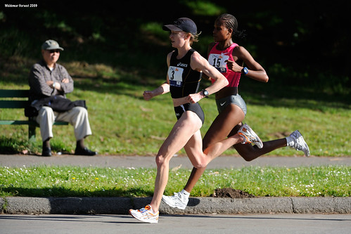 Deena Kastor and Teyba Erkesso