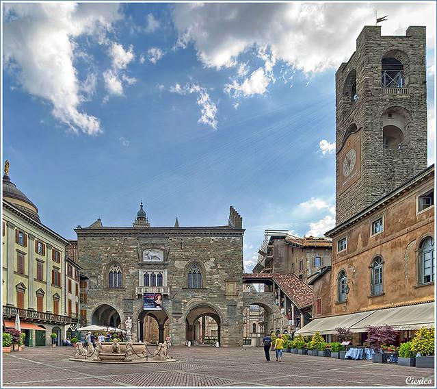 Bergamo, città alta - Piazza Vecchia