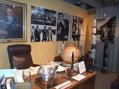 von-brauns-office