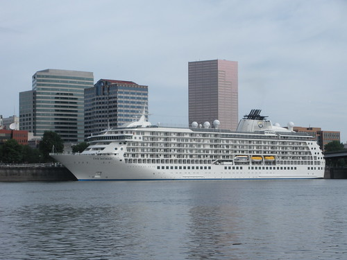 The World Cruise Ship Portland Oregon by orclimber
