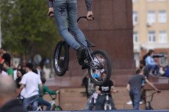 bicycle motocross, vehicle, bmx bike, sports, flatland bmx, cycle sport, extreme sport, bmx racing, stunt performer, cycling, stunt, bicycle,