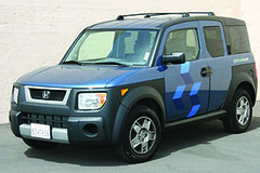 compact car(0.0), automobile(1.0), automotive exterior(1.0), sport utility vehicle(1.0), vehicle(1.0), compact sport utility vehicle(1.0), crossover suv(1.0), honda(1.0), honda element(1.0), land vehicle(1.0),