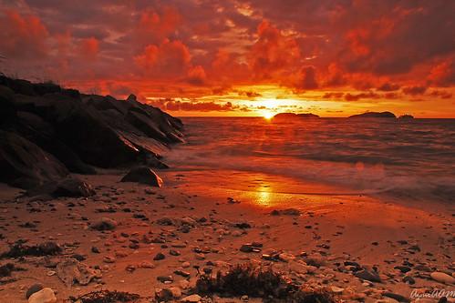 sunset beach island nikon rocks malaysia borneo tamron sabah d80 1750mm