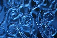drop(0.0), water(0.0), smoke(0.0), line(0.0), font(0.0), wave(0.0), circle(0.0), symmetry(1.0), fractal art(1.0), macro photography(1.0), close-up(1.0), blue(1.0),