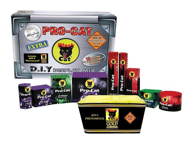 Epic Fireworks - DIY Display Mix by Black Cat Fireworks