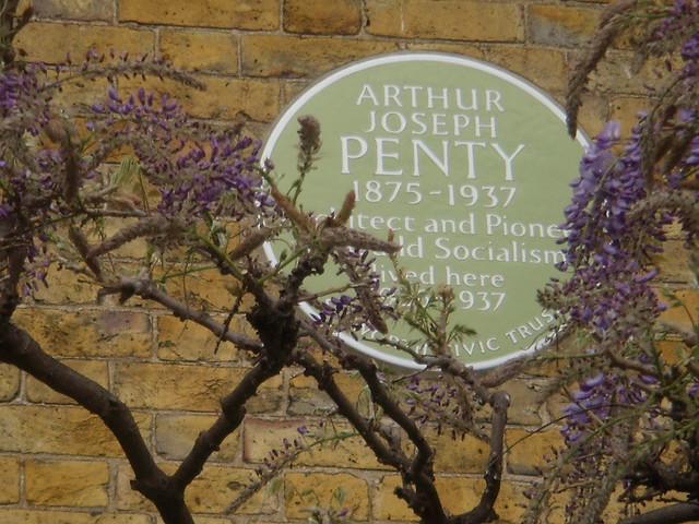 Arthur Penty green plaque - Arthur Joseph Penty 1875-1937  Architect and Pioneer  of World Socialism  lived here  1926-1937