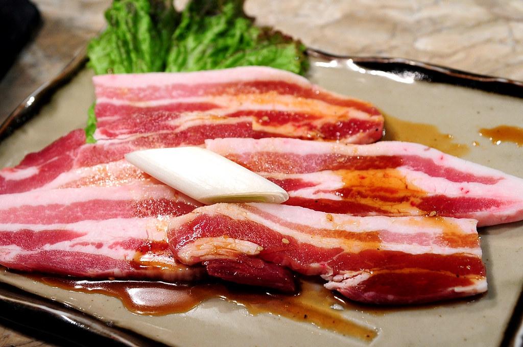 秘苑燒肉-鹿耳島黑豬排肉 黒豚カルビ (1200)