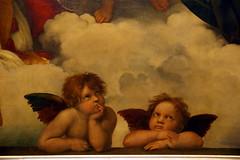 2009-06-11 06-14 Dresden 137 Gemäldegalerie Alte Meister, Raffael - Die Sixtinische Madonna, Detail
