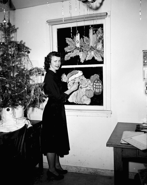 1950 Joan Whiteman Painting Christmas Decorations