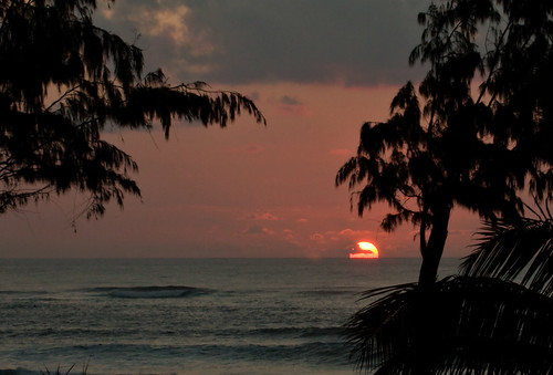 ocean sunset people cloud tree beach silhouette clouds sunrise canon landscape hawaii photo sand surf waves dramatic wave palm photograph kauai serene contemplative kapaa 40d familygetty
