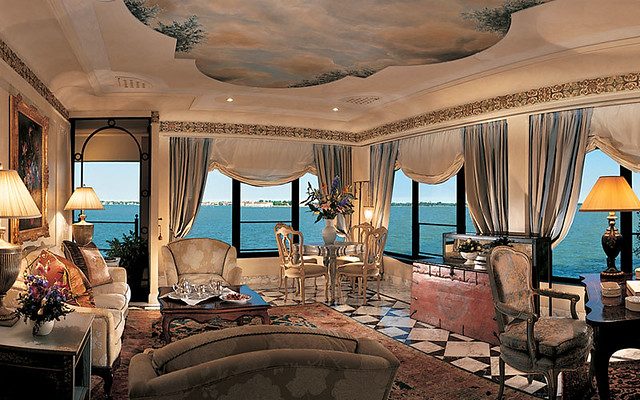 Hotel cipriani venice italy living room flickr for Design hotel venezia