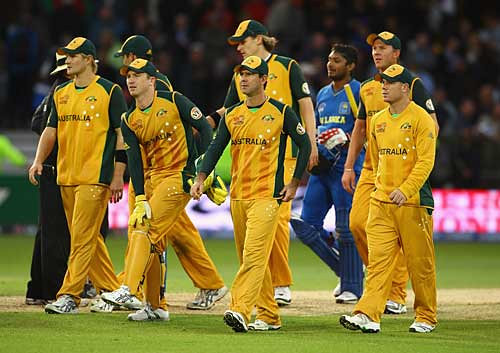 Australia troop off and are out of the tournament-Srilanka vs Australia Trentbridge WCT20 2009