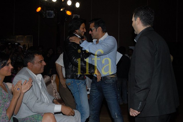 **Salman khan IIFA Awards 2010!!** 4638363800_2010e44518_z