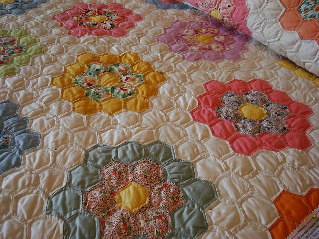 Grandmother 39 s flower garden quilt flickr photo sharing - Grandmother s flower garden quilt ...