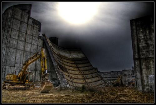 Abriss Atomreaktor Stendal - tear down of nuclear reactor