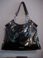 bag(1.0), shoulder bag(1.0), hobo bag(1.0), handbag(1.0), leather(1.0),