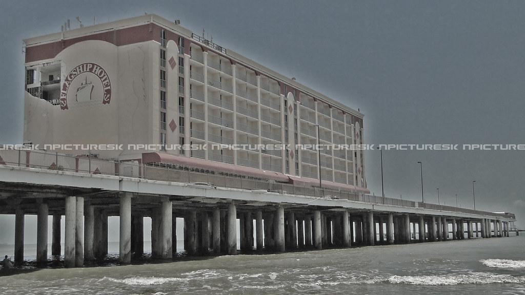 Flaship Hotel