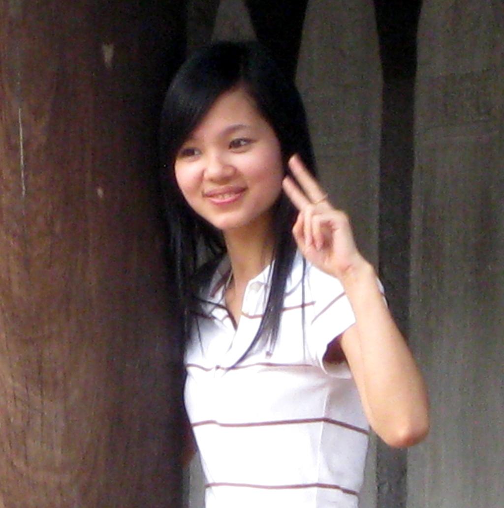 Beautiful story behind photo of pretty Vietnamese girl