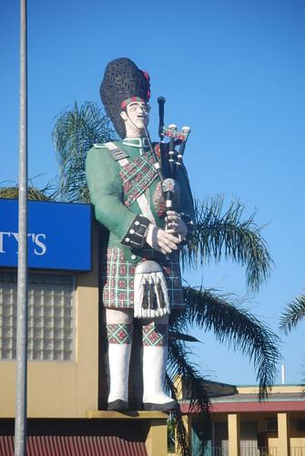 Giant Scotsman - Adelaide