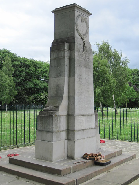 War Memorial, Smith's Dock Park, Nomanby