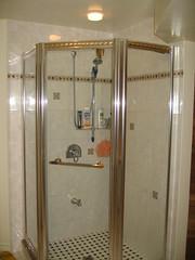 room(1.0), plumbing fixture(1.0), shower(1.0), bathroom(1.0),