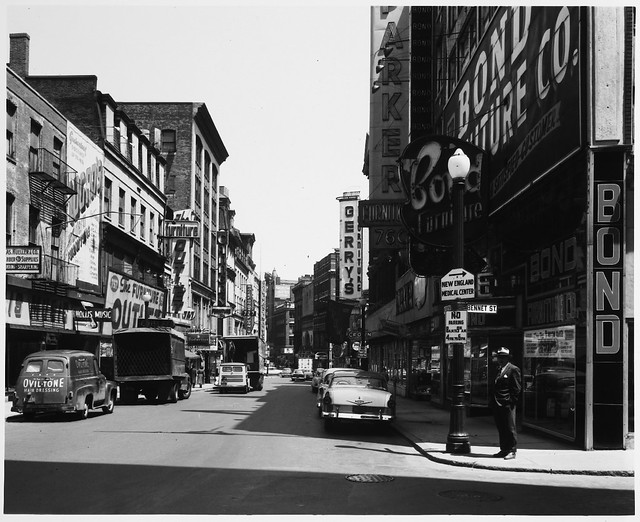 Washington Street And Bennet Street Furniture Stores 11 40 A M Flickr Photo Sharing
