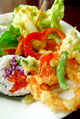 Ginger Thai - Sushi & Tempura Salad