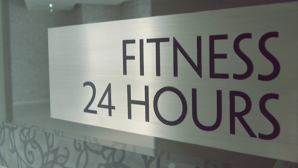 24hrs Fitness Center - Le Méridien Bangkok