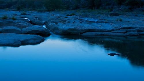 blue water rock river stream texas dusk tx stillwater pedernales pedernalesriver pedernalesstatepark