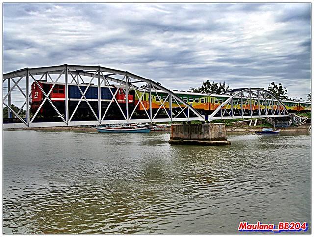 Cindua Mato passing Muaro Penjalinan bridges