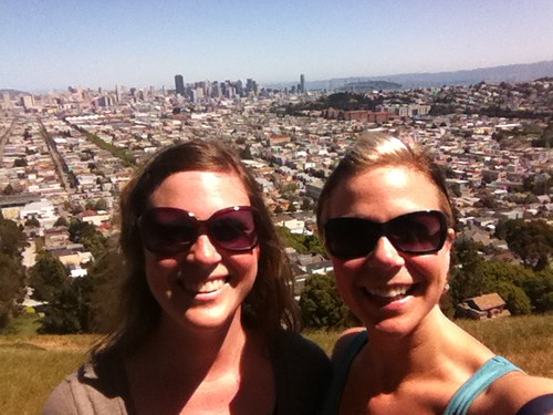 Absolutely lovely (and healing) hike up bernal with @matirose! Great way to start the day.