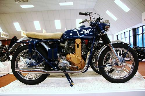 059 = 1962 Matchless 500cc OHC Model G50 CSR.