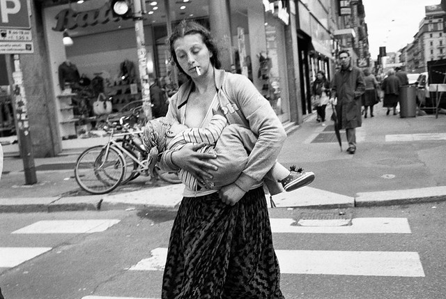 Gipsy mother the decisive moment in street photography