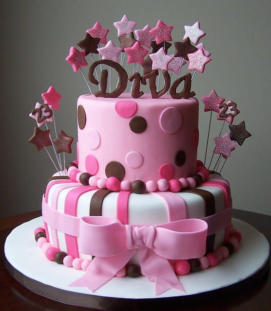 Diva Cake - a photo on Flickriver